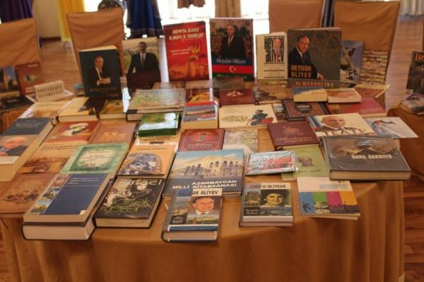Uzbekistan opens exhibition of rich books collection about Azerbaijan