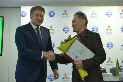 Kazakhstan scientist invents new, more powerful, wind turbine