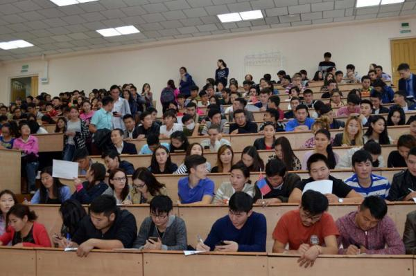 Kazakhstan to dramatically increase number of educational grants in 2017
