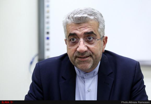 شبکه برق ایران از طریق آذربایجان به روسیه متصل میشود