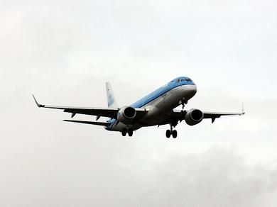 Azerbaijan, Russia eye to expand flights network