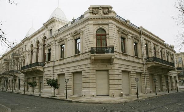 Национальный музей истории Азербайджана выразил протест Эрмитажу России