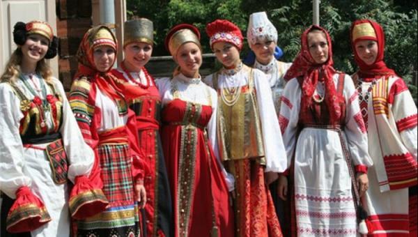 ویژگیهای لباس سنتی روسیه/ عکس قسمت اول
