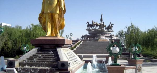 ترکمنستان برای اجلاس سران خزر آماده می شود